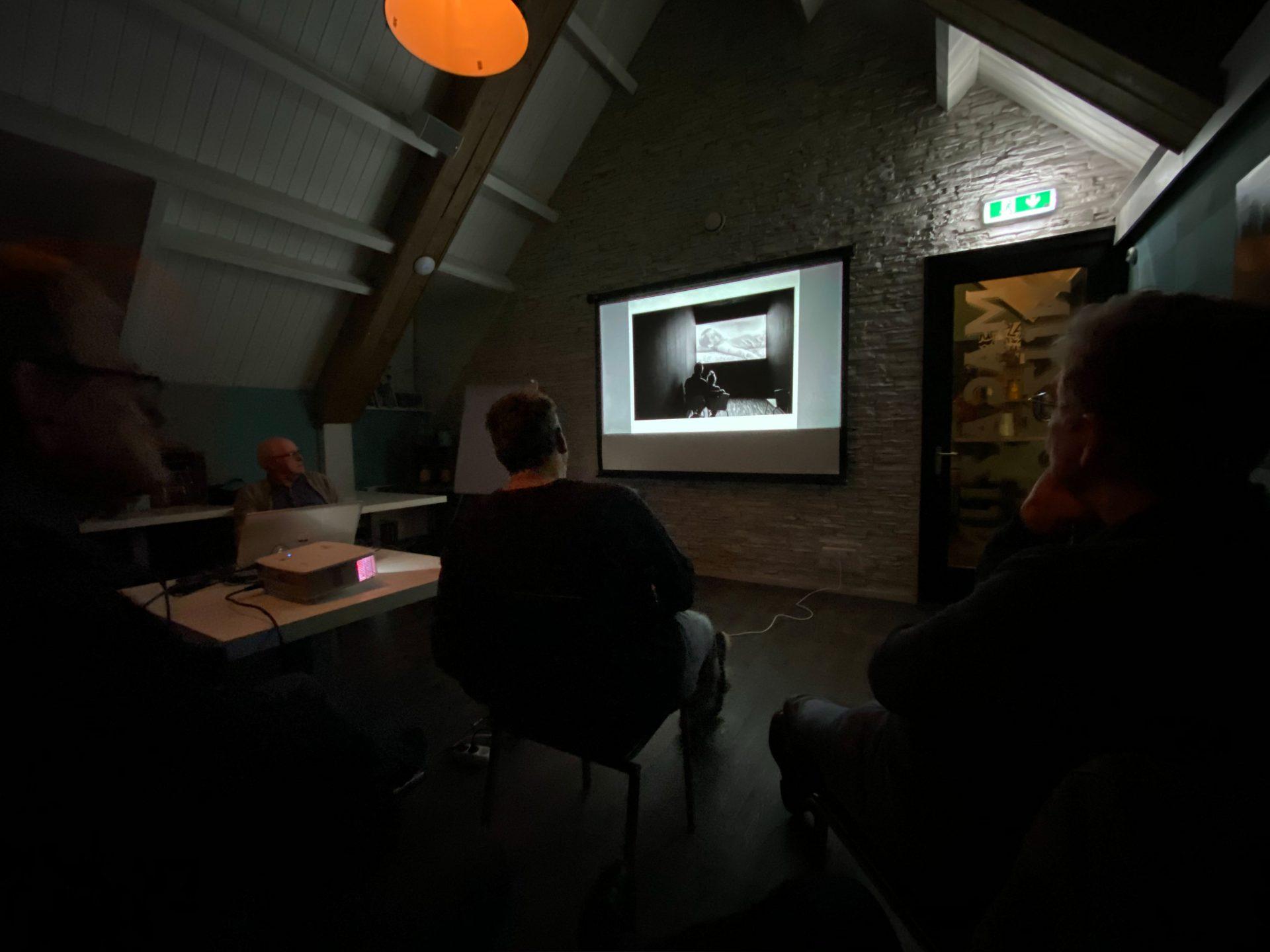 Fotobespreekavond, inleider Mathy Heijmans / VERVALLEN